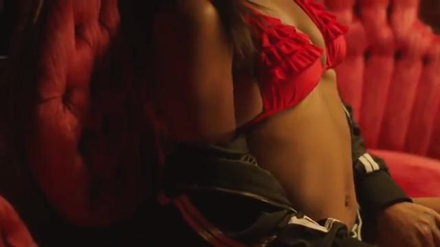 Vybz Kartel ft Wiz Kid – Wine To The Top (Explicit)
